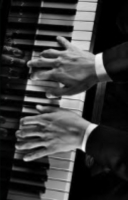 Kuurosokea Pianisti hahmo